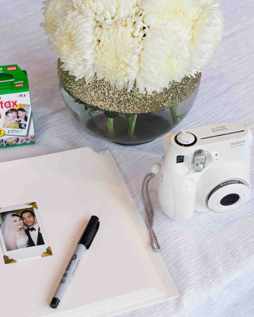ashley-ryan-wedding-guestbook-3199-s111852-0415.jpg