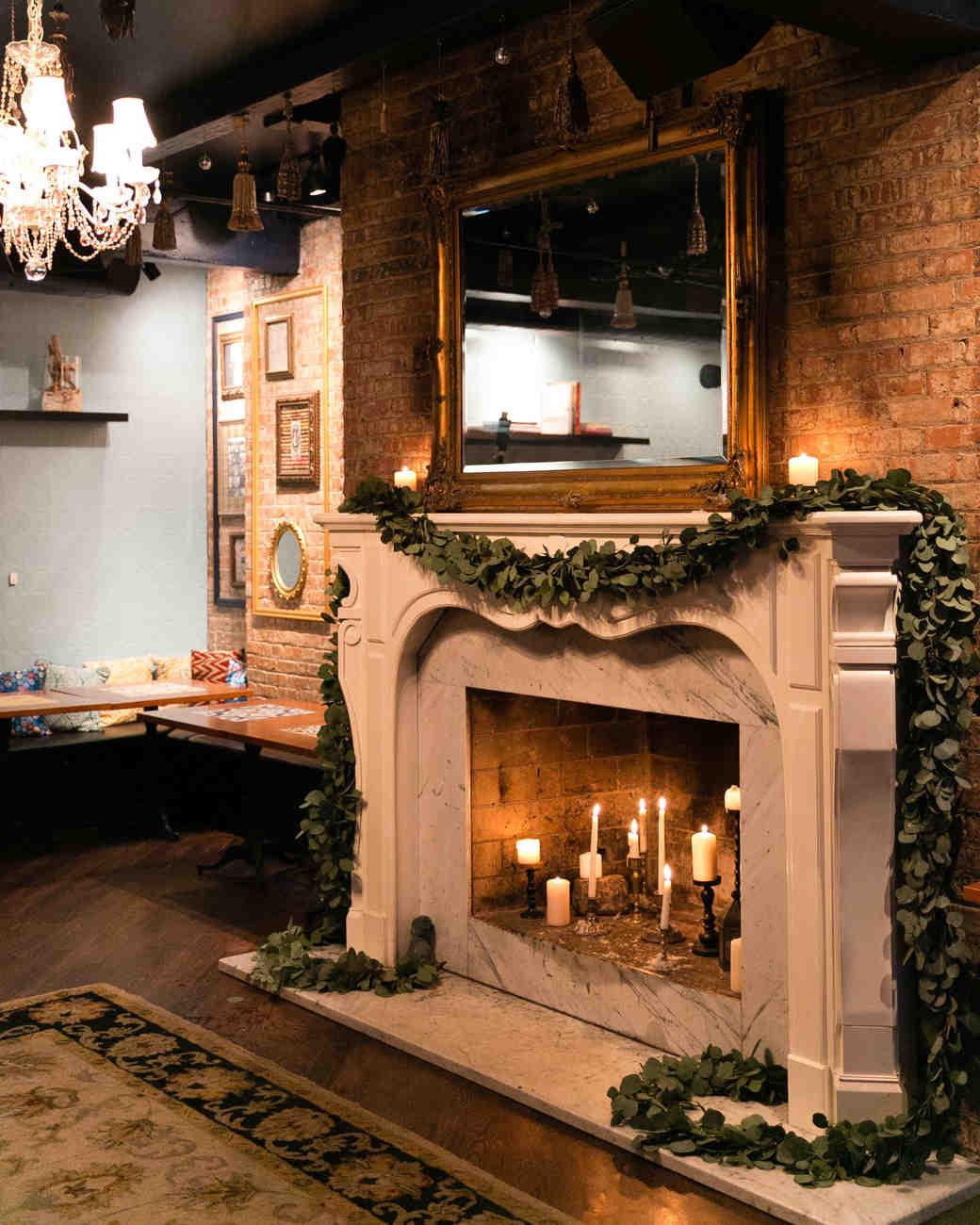 bianca-bryen-wedding-fireplace-190-s112509-0216.jpg