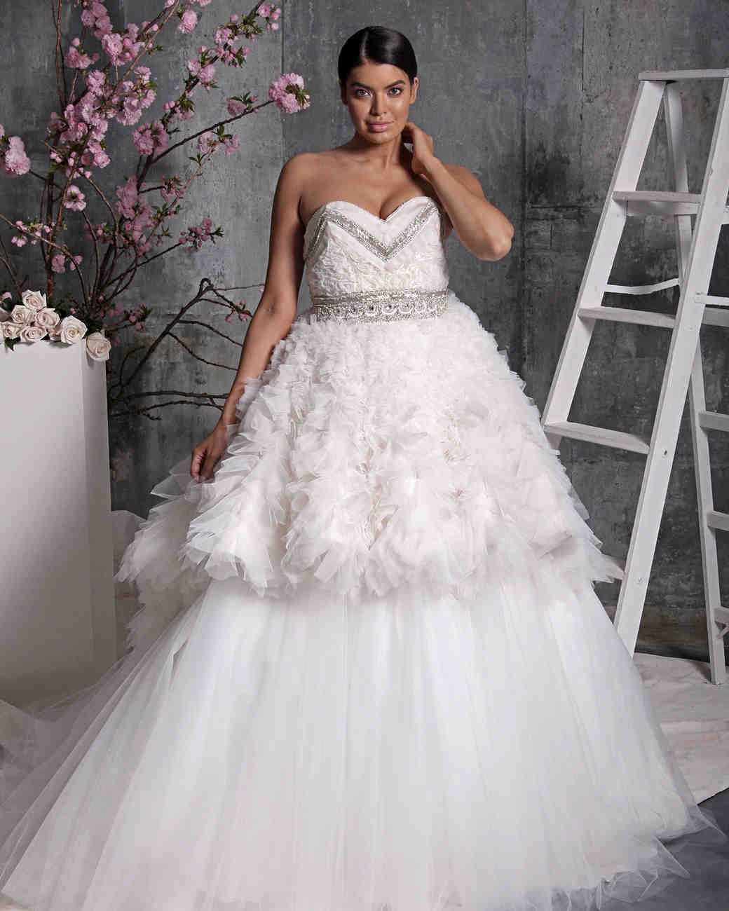 Christian Wedding Gown: 98 Embellished Wedding Dresses