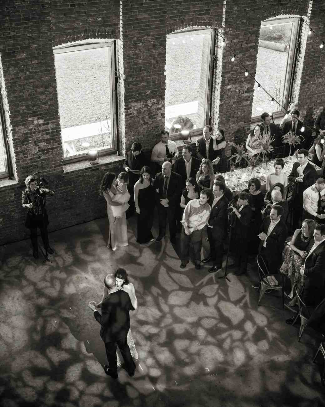 How to Work the Room at Your Wedding