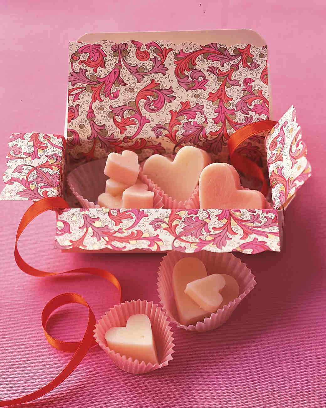 heart-shaped-dessert-fudge-hearts-ms-feb00-0115.jpg