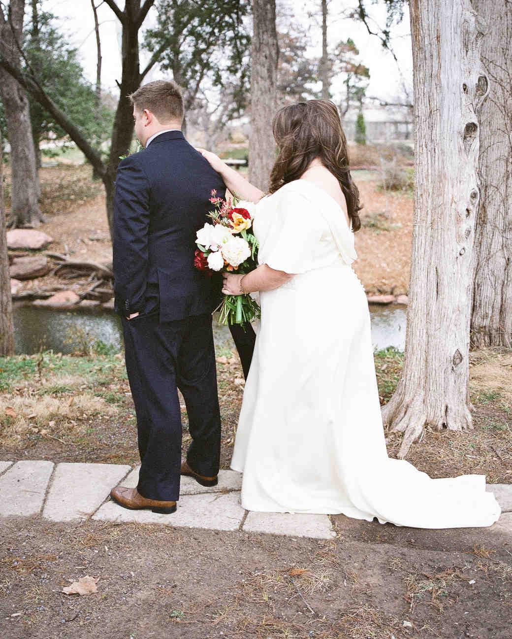 jessie-justin-wedding-firstlook-29-s112135-0915.jpg