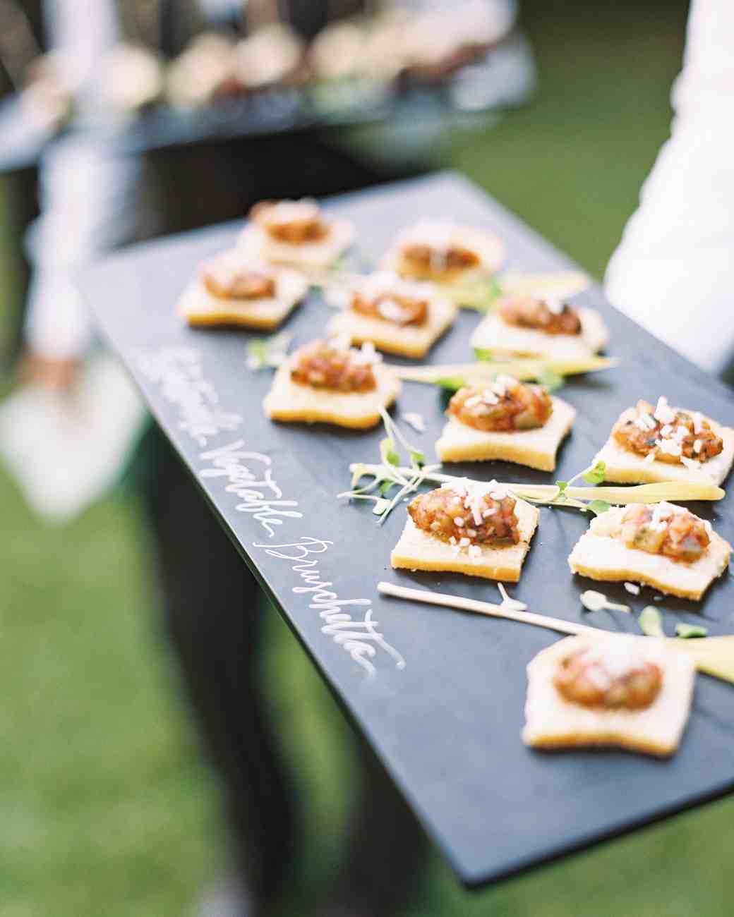 taylor-john-wedding-appetizers-d11-s113035-0616.jpg