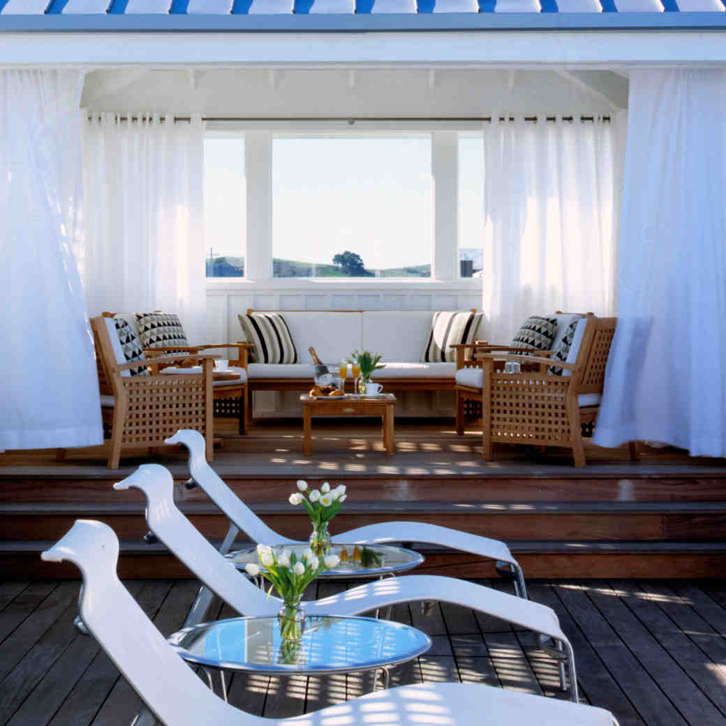8 Hotels Fit for a Buddymoon (Because the More the Merrier!)