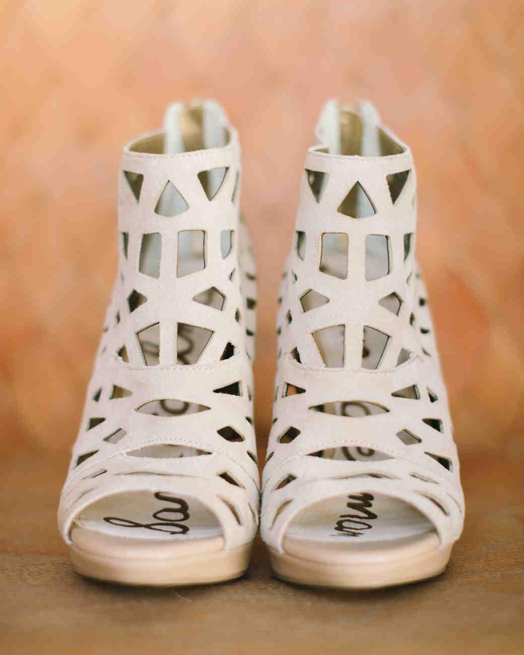 carlie-gabe-bride-shoes-031dm1-4779-s111570-0515.jpg