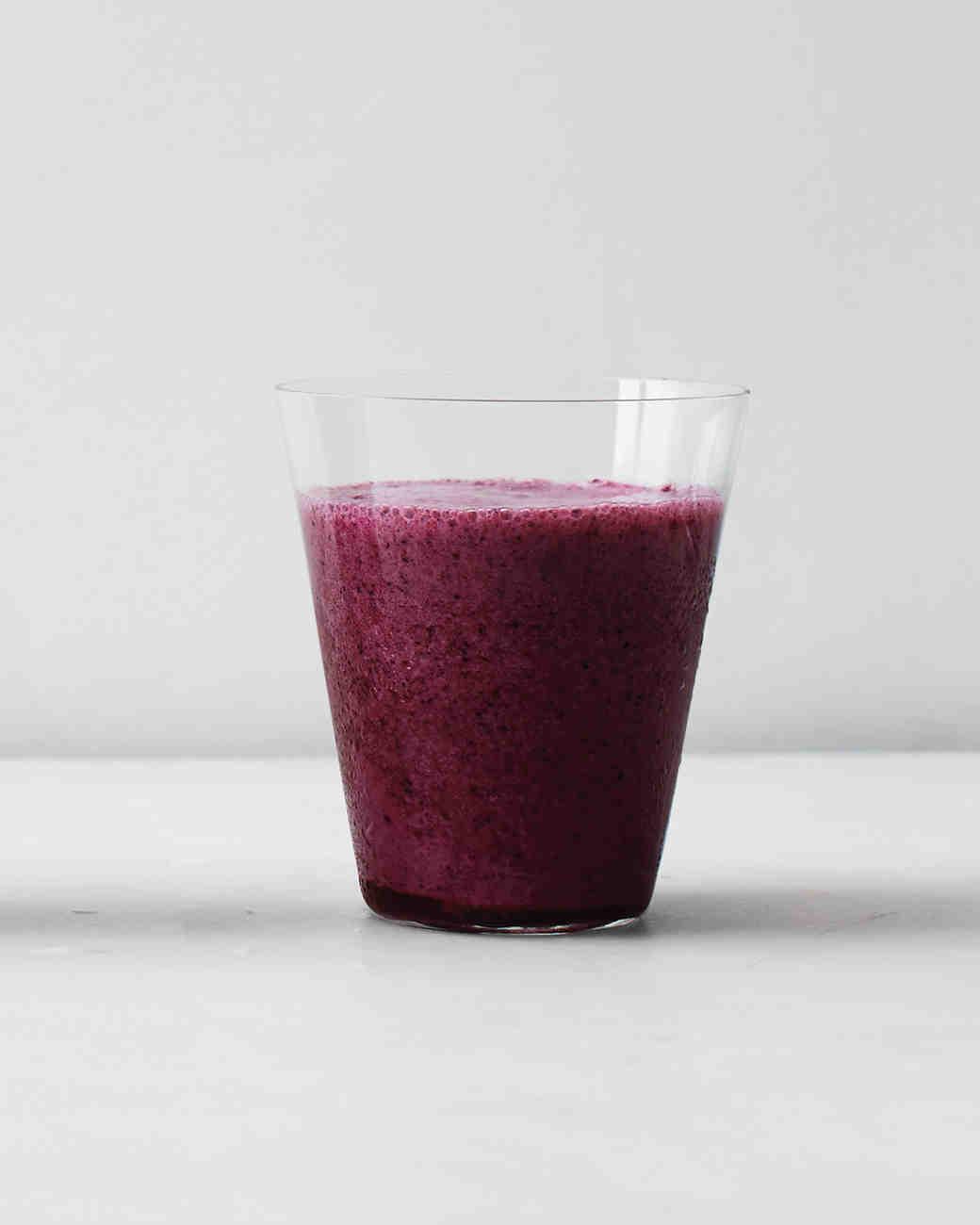clean-slate-juice-mixed-berry-tofu-smoothie-0115.jpg