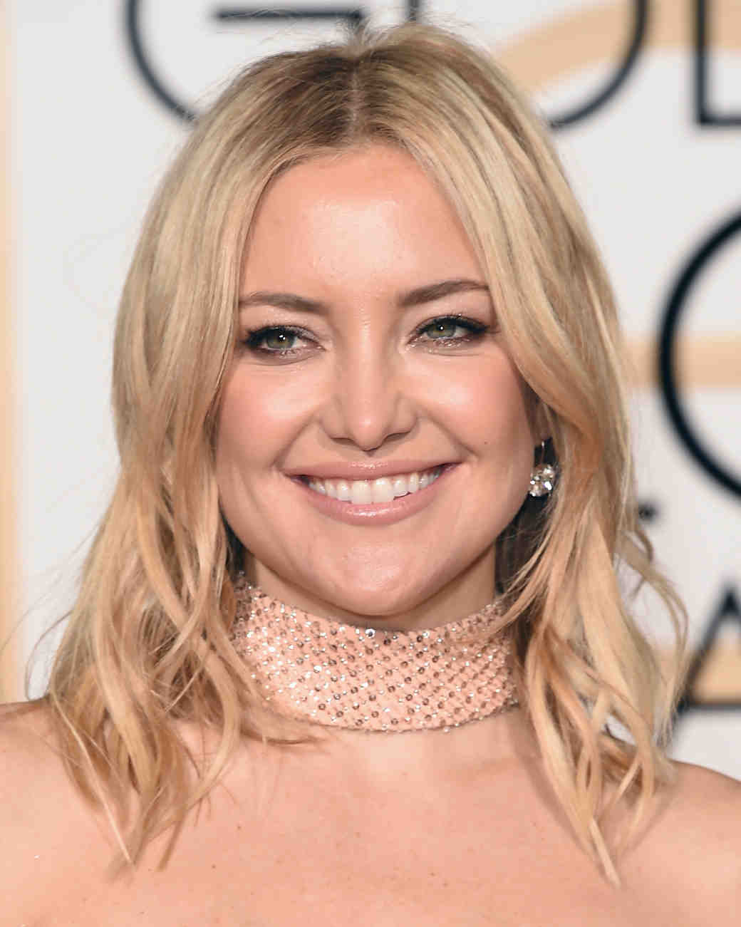 golden-globes-2016-makeup-looks-kate-hudson-0116.jpg
