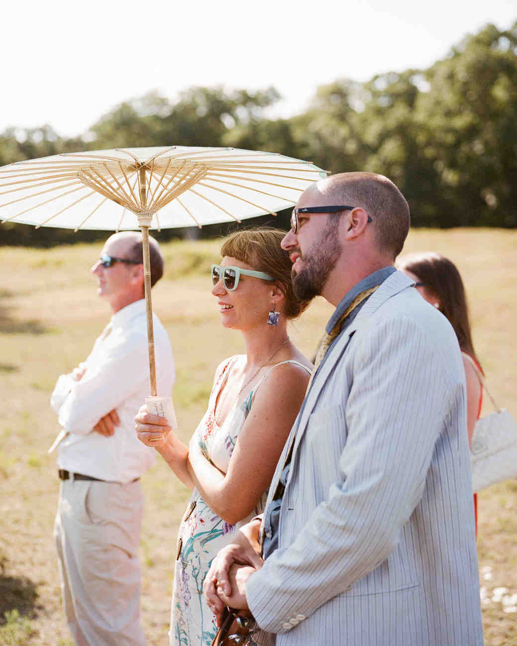jocelyn-graham-wedding-parasol-0800-s111847-0315.jpg