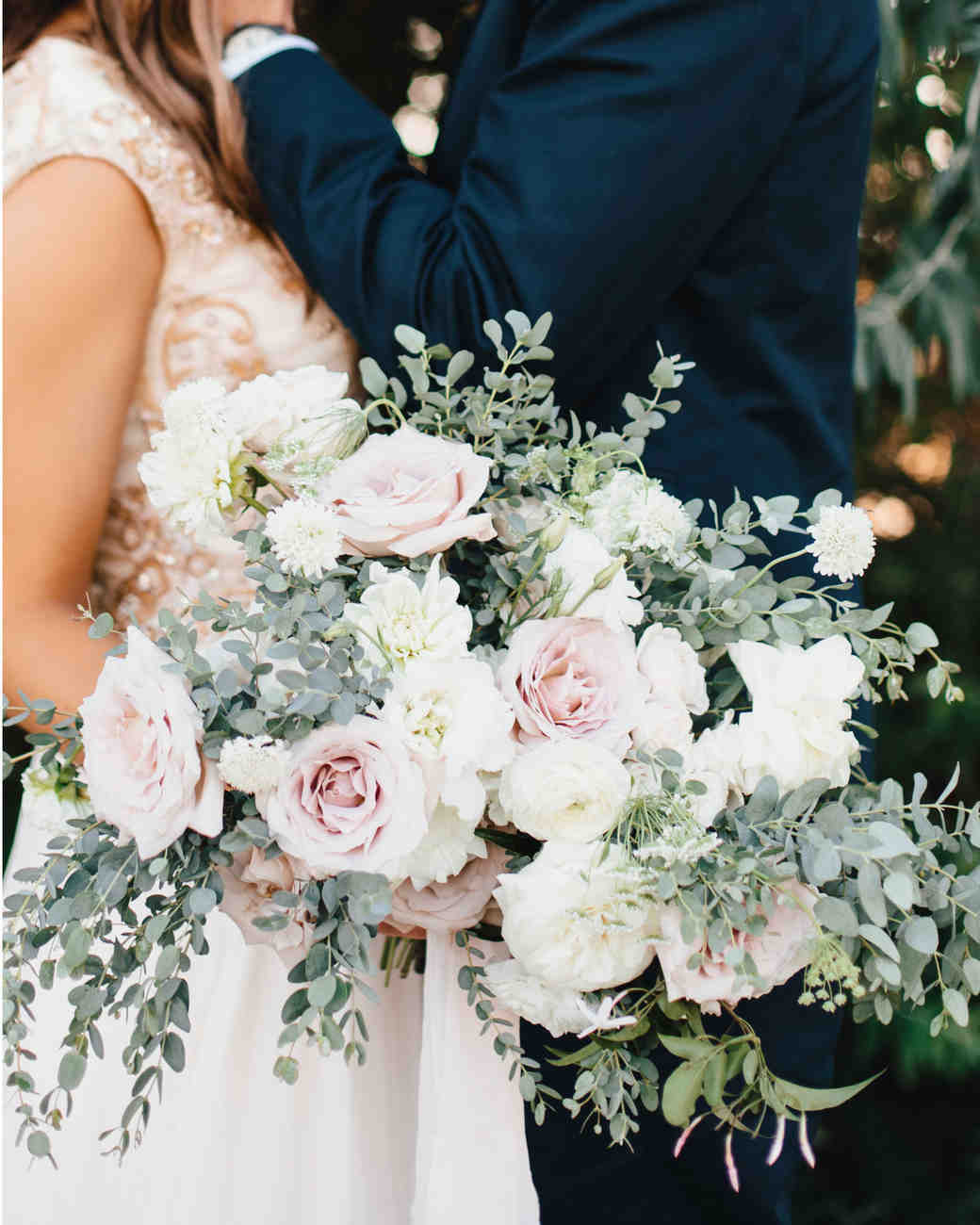 mackenzie-boman-wedding-bouquet-172-s112693-0316.jpg