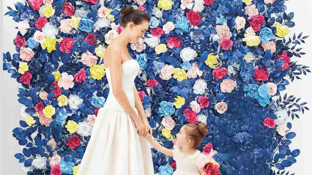 How To Create a Faux Flower Wall for Your Wedding