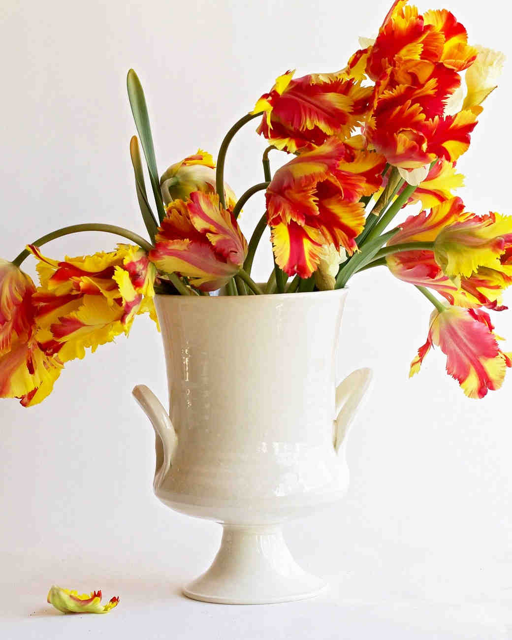 mother-bride-groom-gift-frances-palmer-vase-0415.jpg