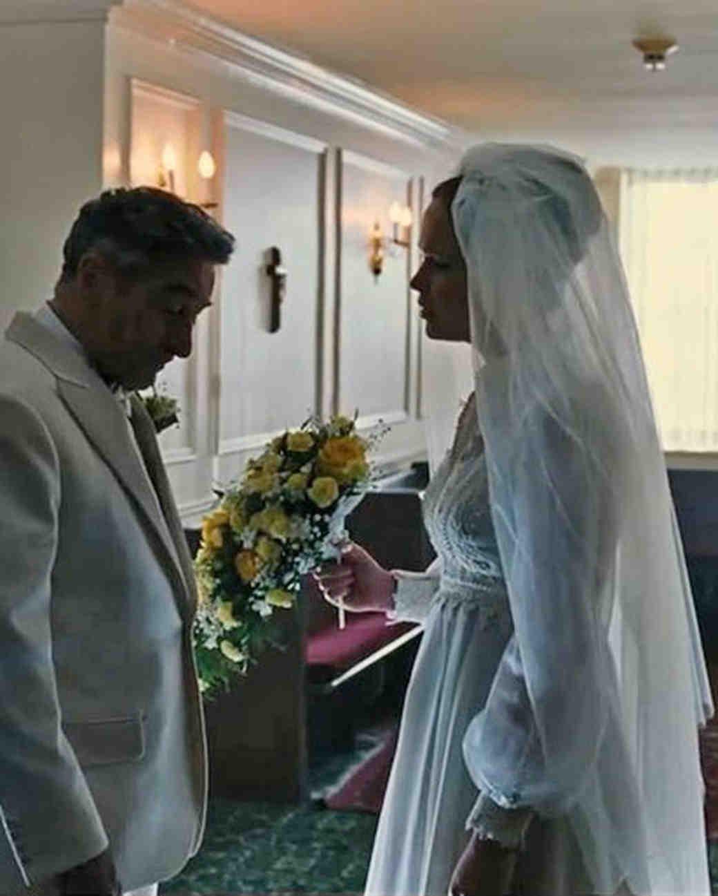 movie-wedding-dresses-joy-jennifer-lawrence-0316.jpg