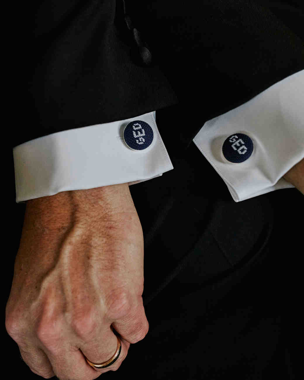 Cool Wedding Cuff Links for Grooms and Groomsmen