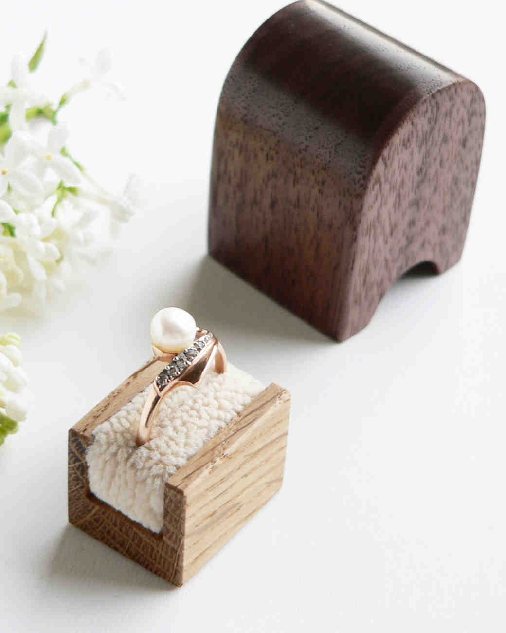 ring-boxes-woodstorming-engagement-ring-box-0115.jpg