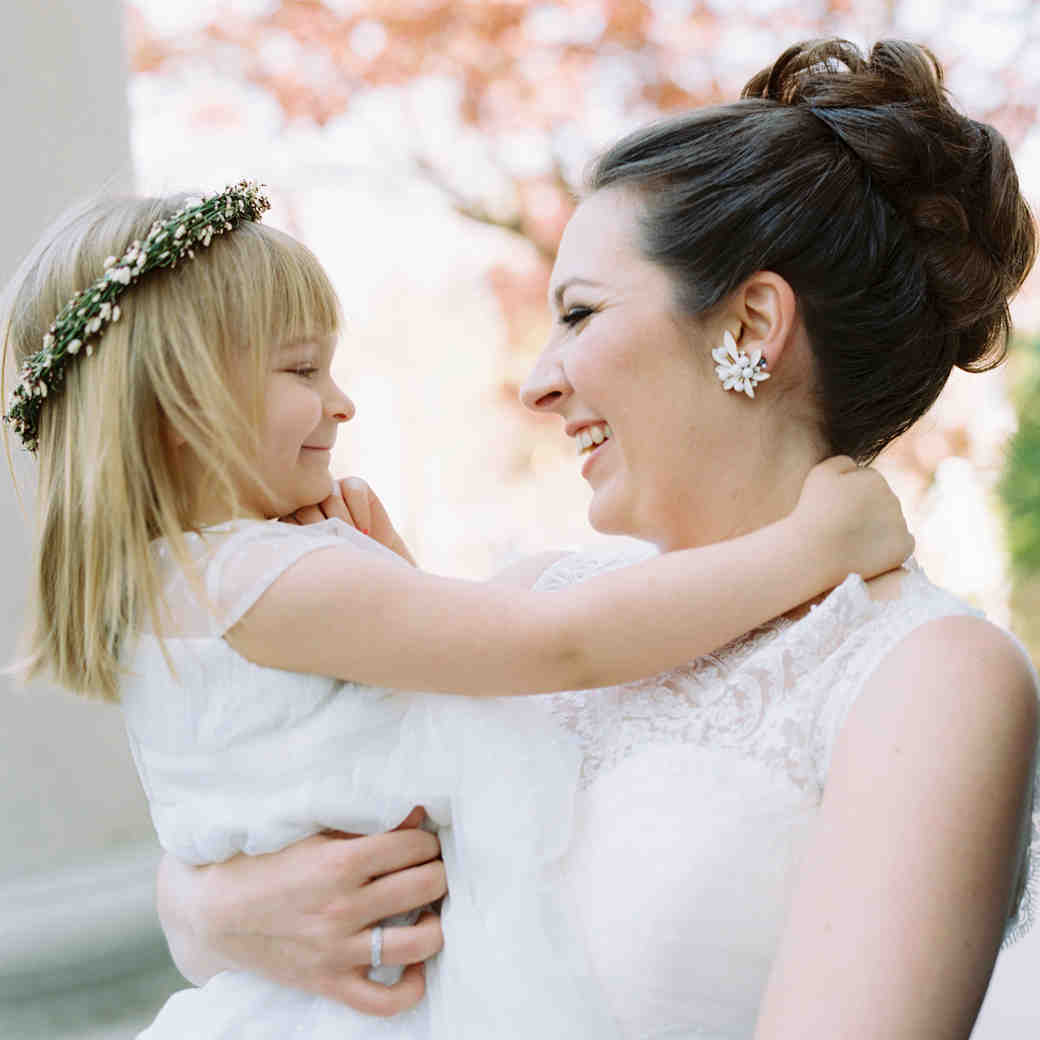 7 Ways to Keep Flower Girls and Ring Bearers Happy