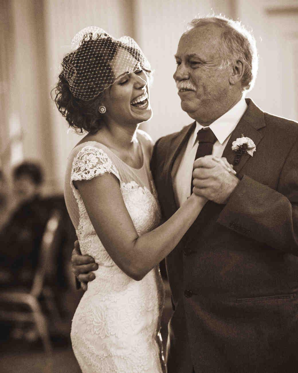 alix-bill-wedding-211-d3s-0800-2014-32-d111617-bw.jpg