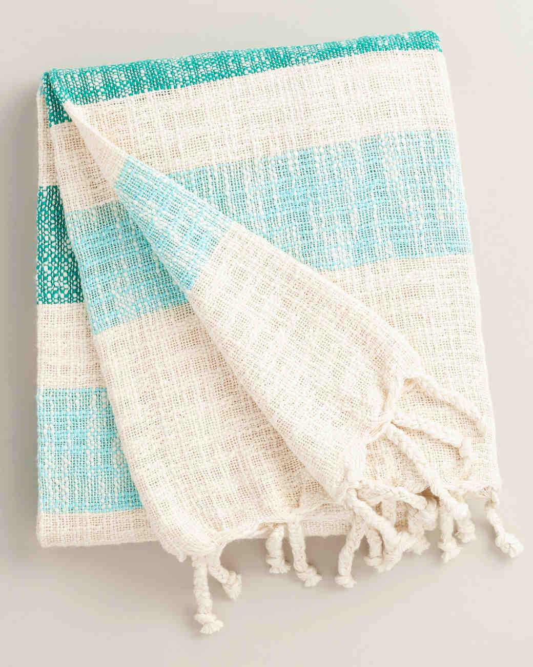 engagement-gifts-world-market-picnic-blanket-0516.jpg