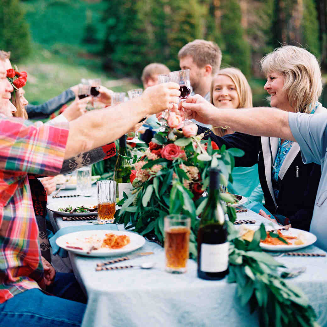 How to Host the Ultimate Holiday Engagement Party