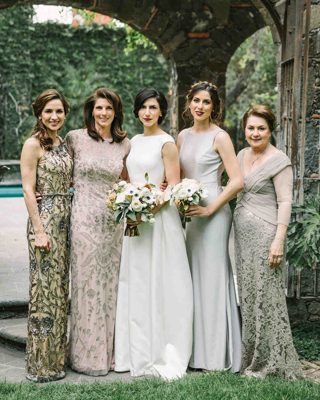 regina chris wedding family portrait