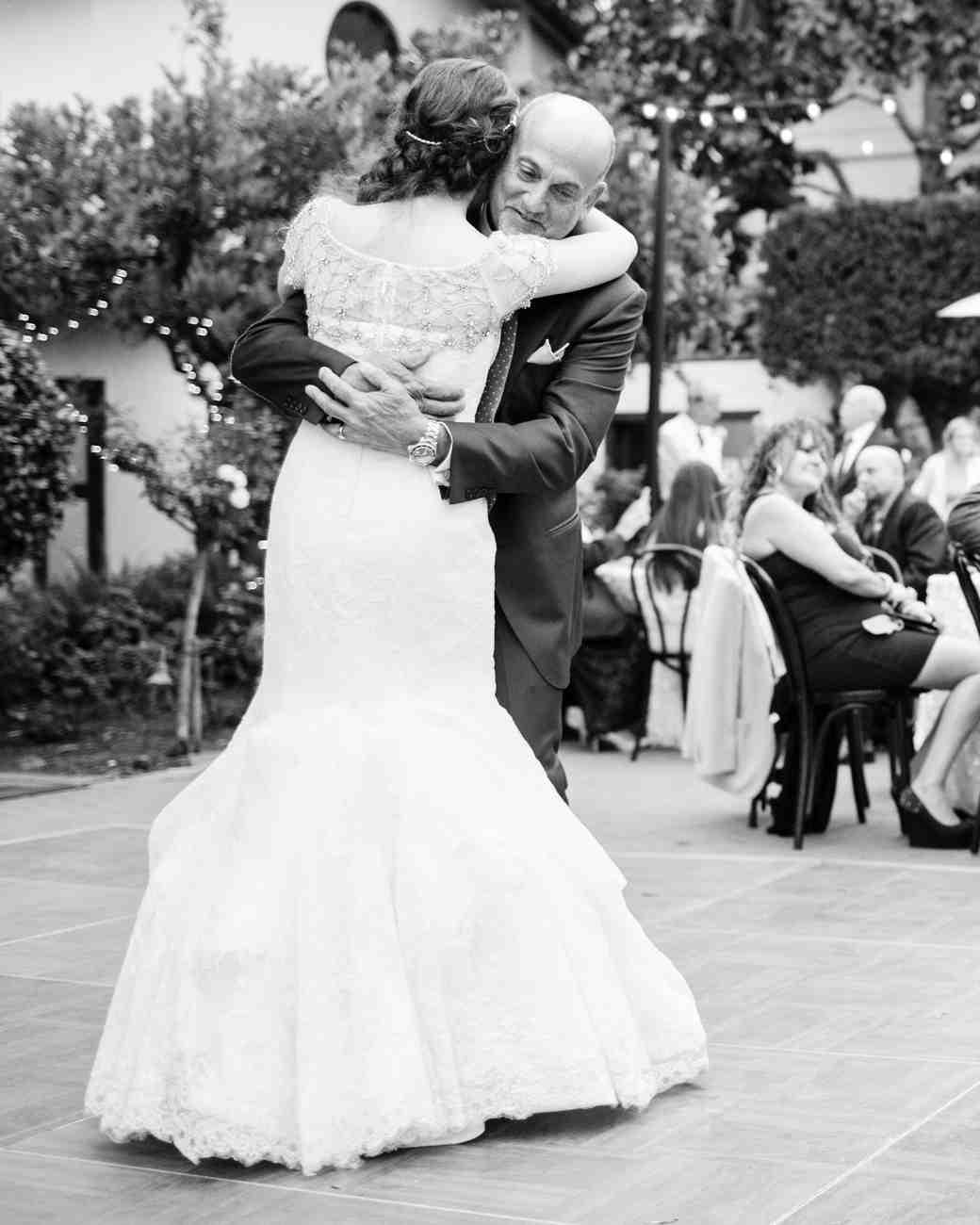 richelle-tom-wedding-dad-dance-852bw-s112855-0416.jpg