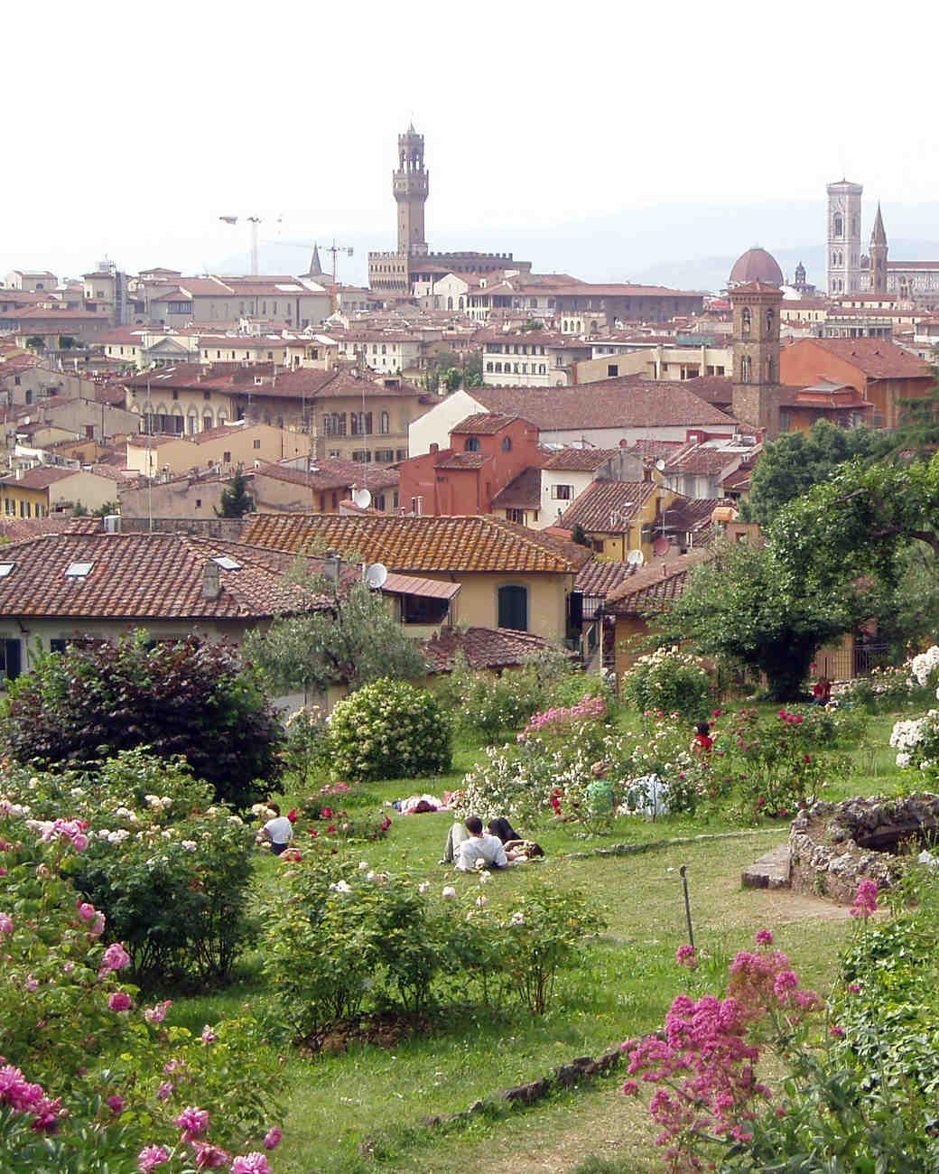 romantic-places-giardino-rose-florence-italy-0215.jpg