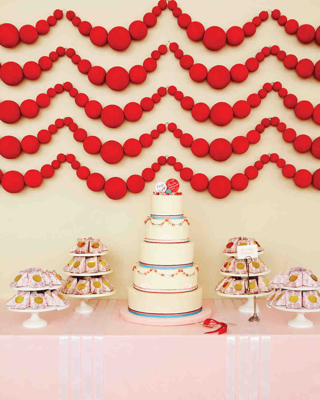 Valentine's Day Wedding Ideas That Are SO Romantic