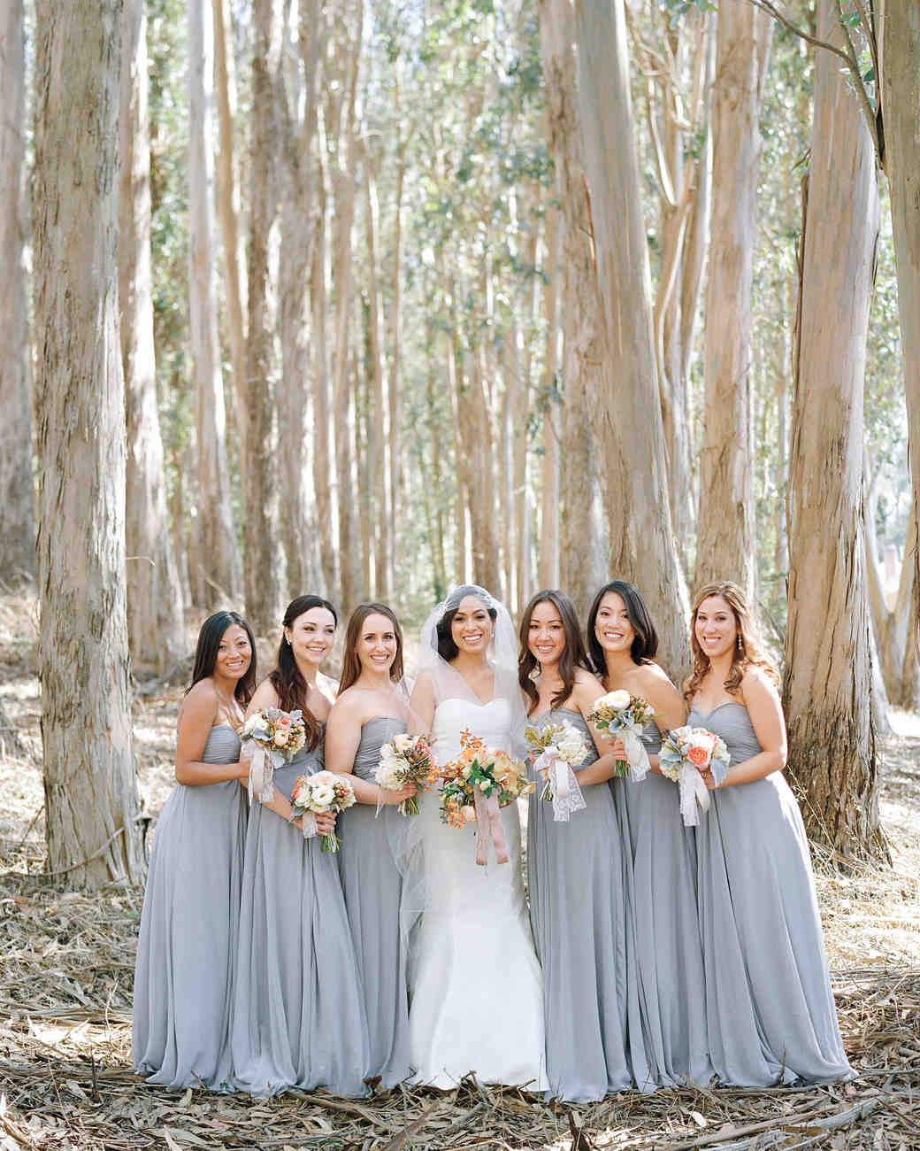 bride-bridesmaids-elizabeth-messina-007-mwds110806.jpg