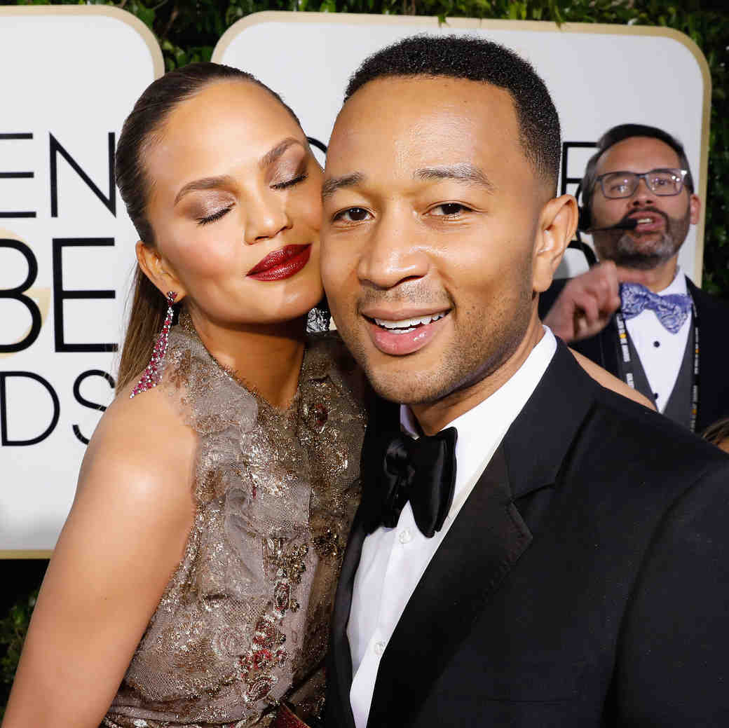 Chrissy Teigen and John Legend Golden Globes 2017