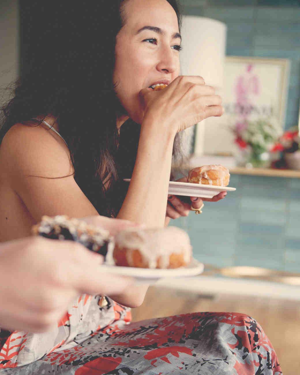 claire-thomas-bridal-shower-tea-eating-donuts-0814.jpg