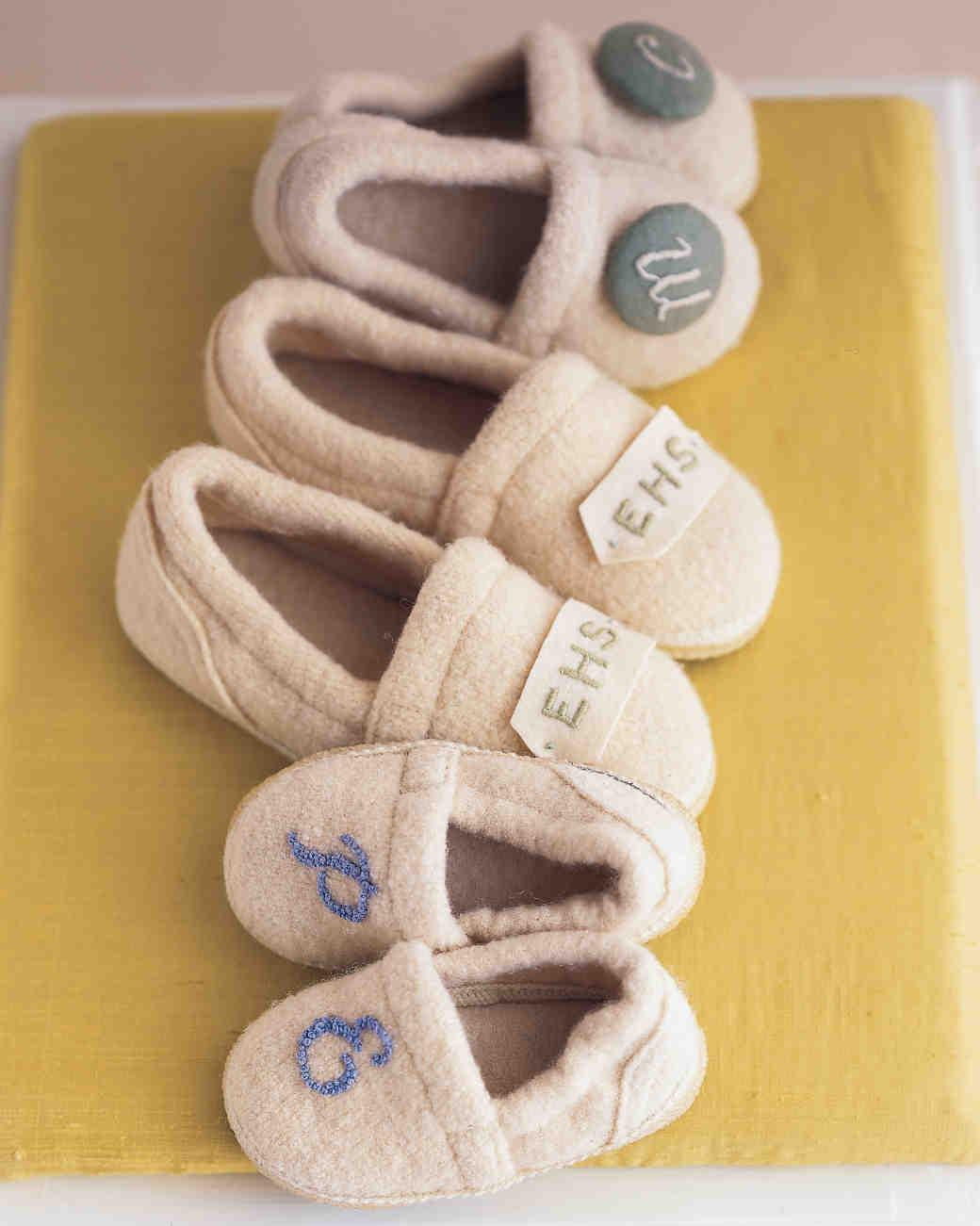 diy-bridesmaid-gifts-monogrammed-slippers-msl-0515.jpg