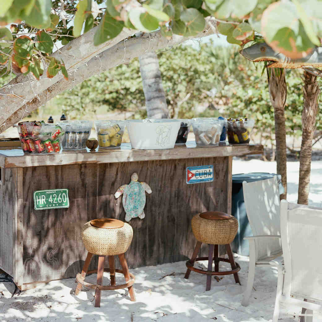 Island Wedding Bar