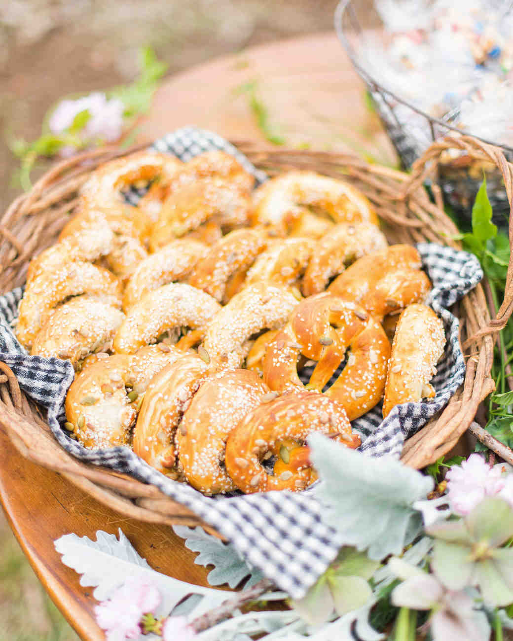 wedding pretzels