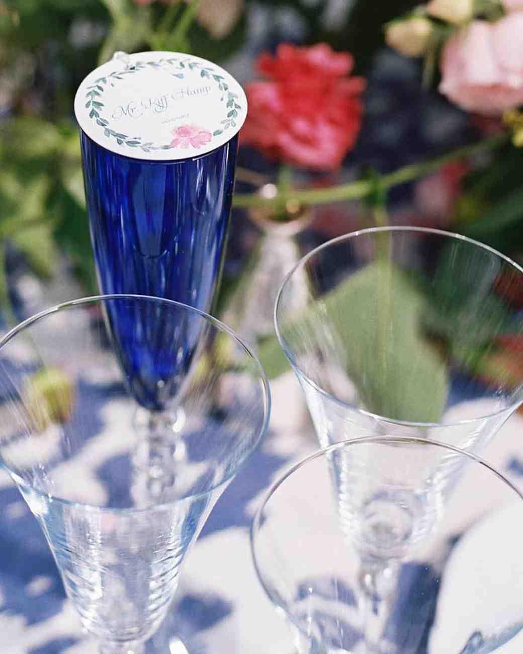 nikki-kiff-wedding-placecard-00475101-s112766-0316.jpg