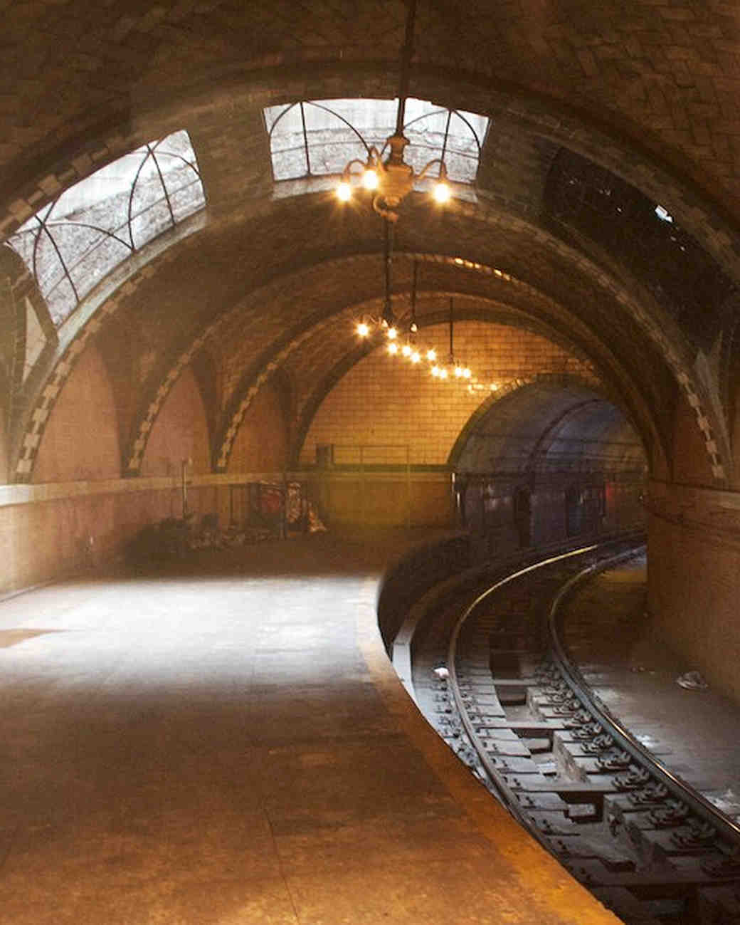 nyc-proposal-spots-abandoned-city-hall-subway-0316.jpg