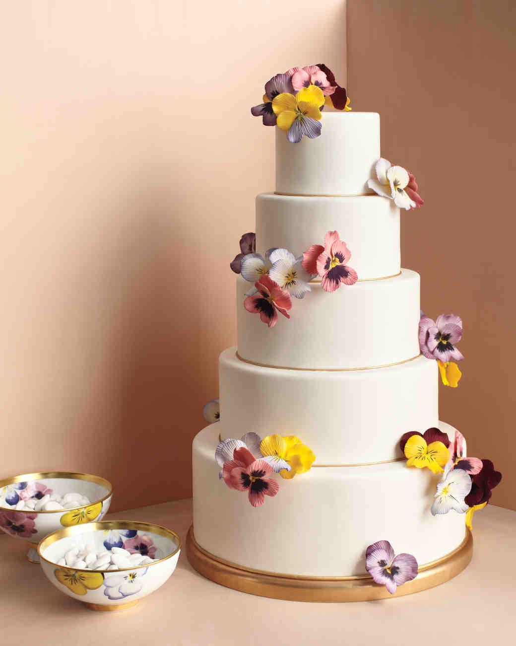 ron-ben-israel-cakes-winter-2012-pansies-cake-0814.jpg