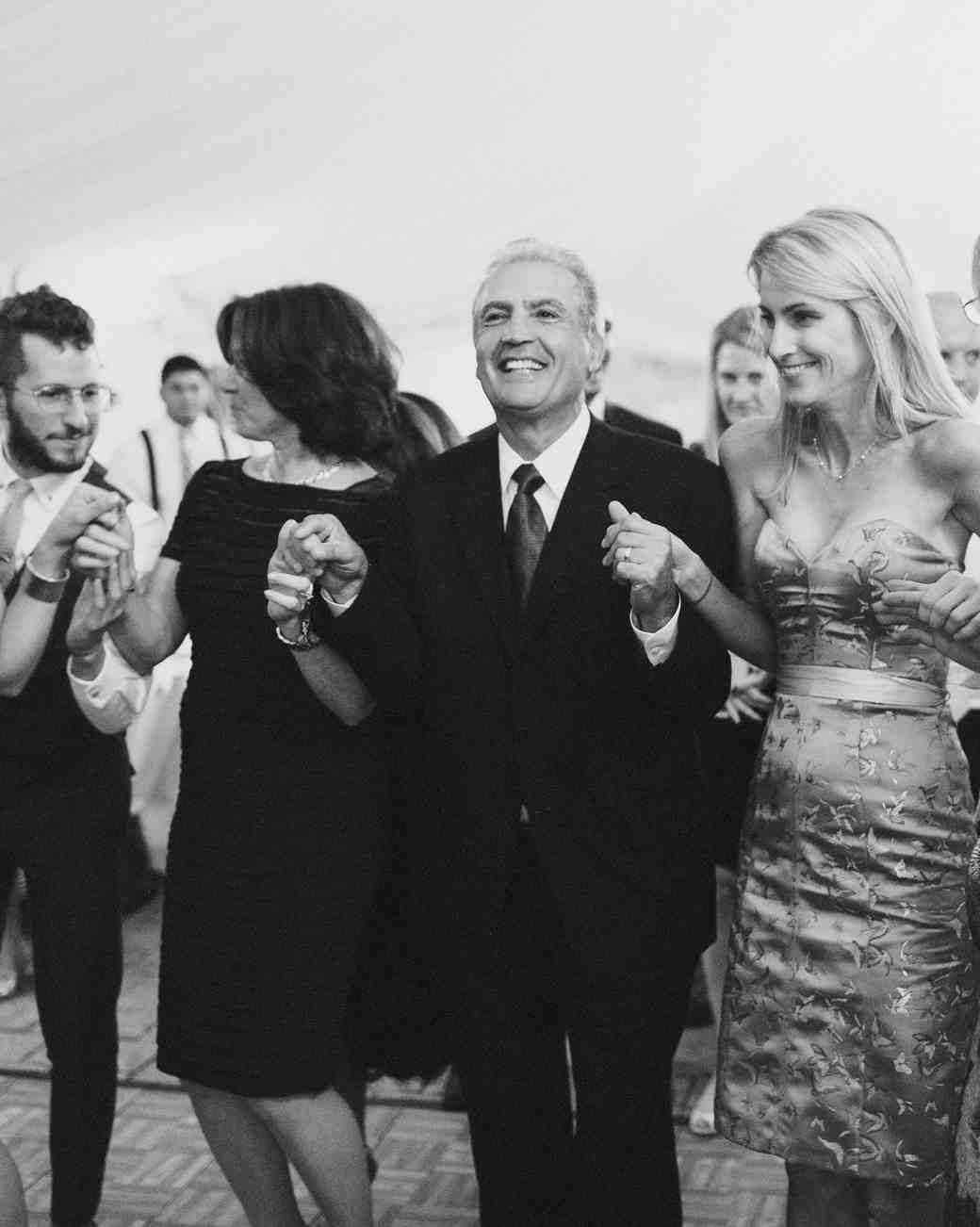 rosie-constantine-wedding-dancing-583-s112177-1015.jpg