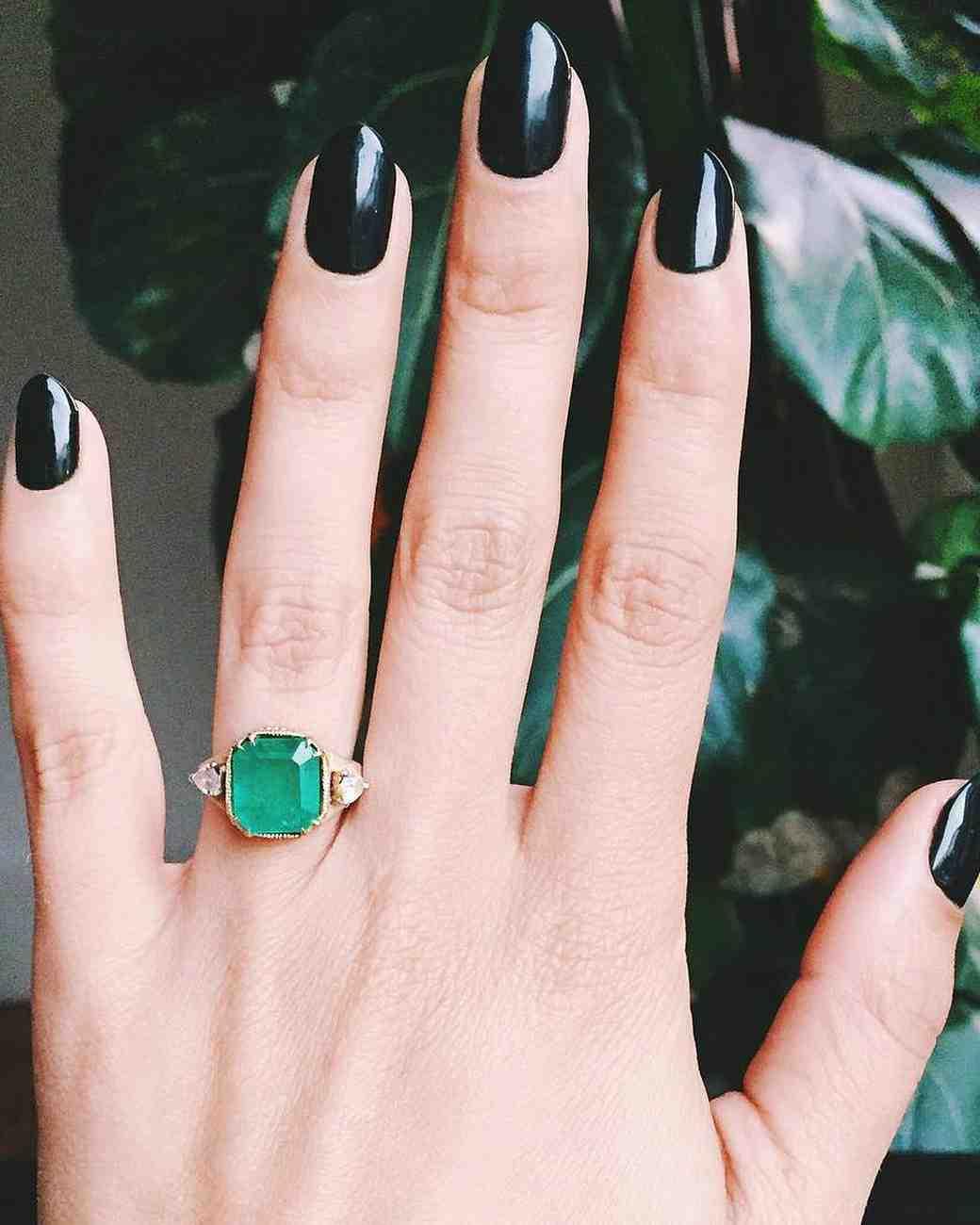engagement-ring-selfies-emerald-ring-and-nails-0216.jpg