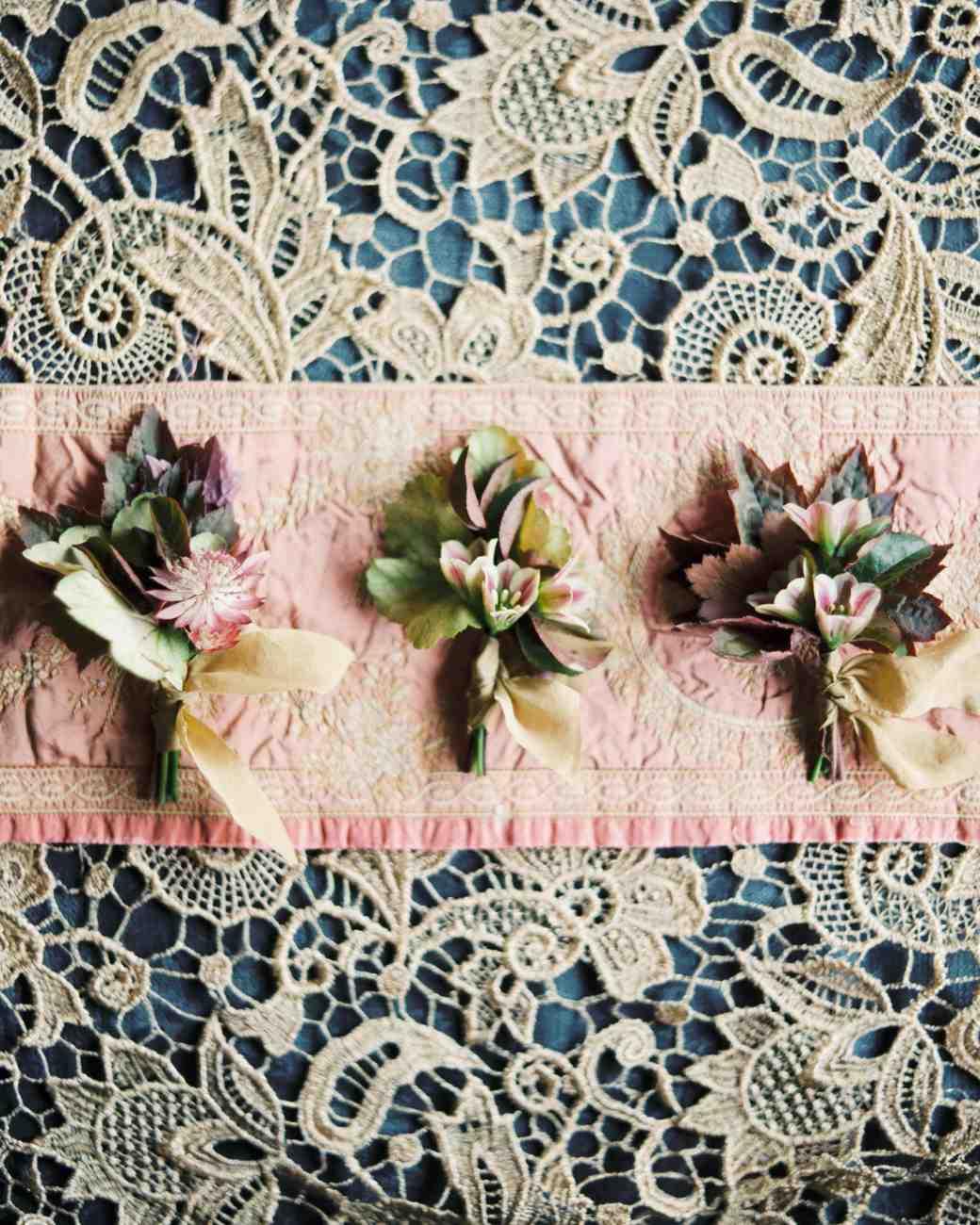 ginny-andrew-wedding-boutonnieres-0046-s112676-0216.jpg