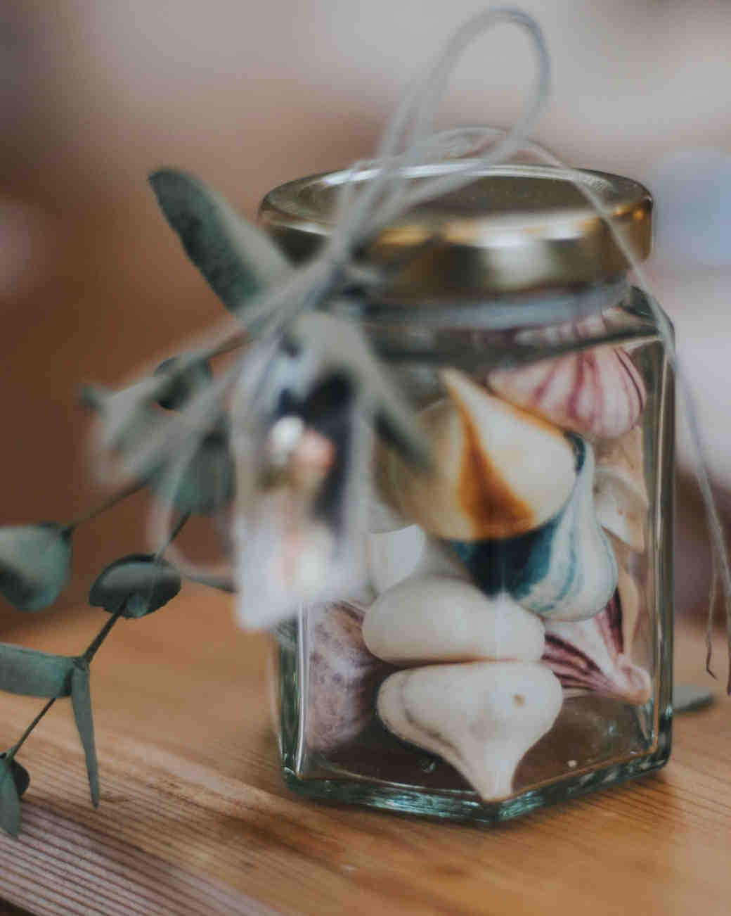Shell-Like Meringues in a Jar