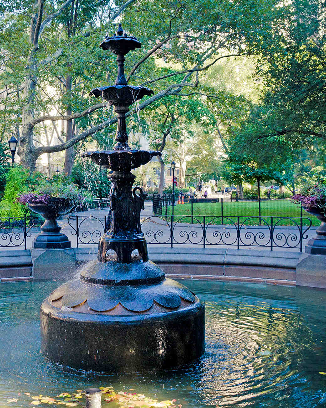 nyc-proposal-spot-madison-square-park-fountain-1114.jpg