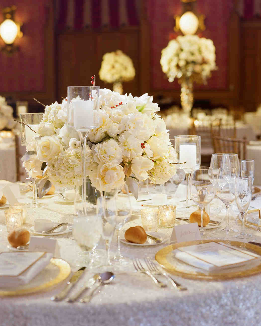 Candle centerpieces that will light up your reception