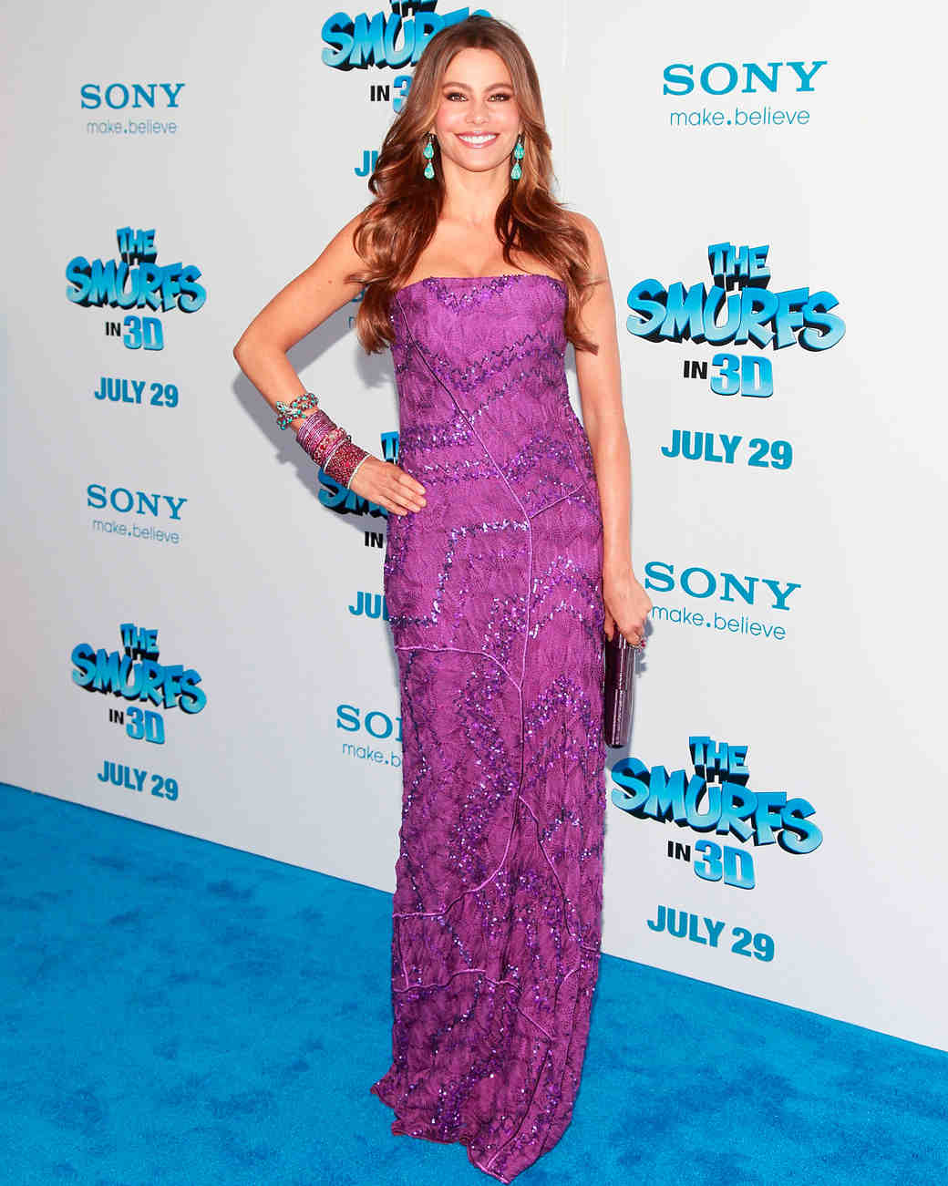 sofia-vergara-red-carpet-smurfs-purple-missoni-0815.jpg