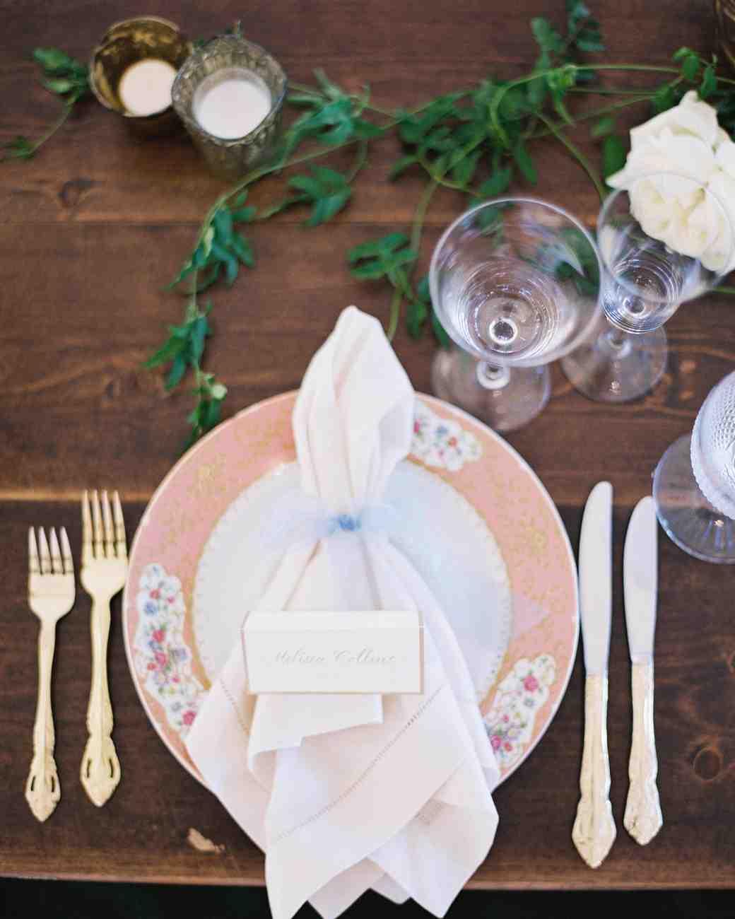 amy-garrison-wedding-placesetting-00752-6134266-0816.jpg