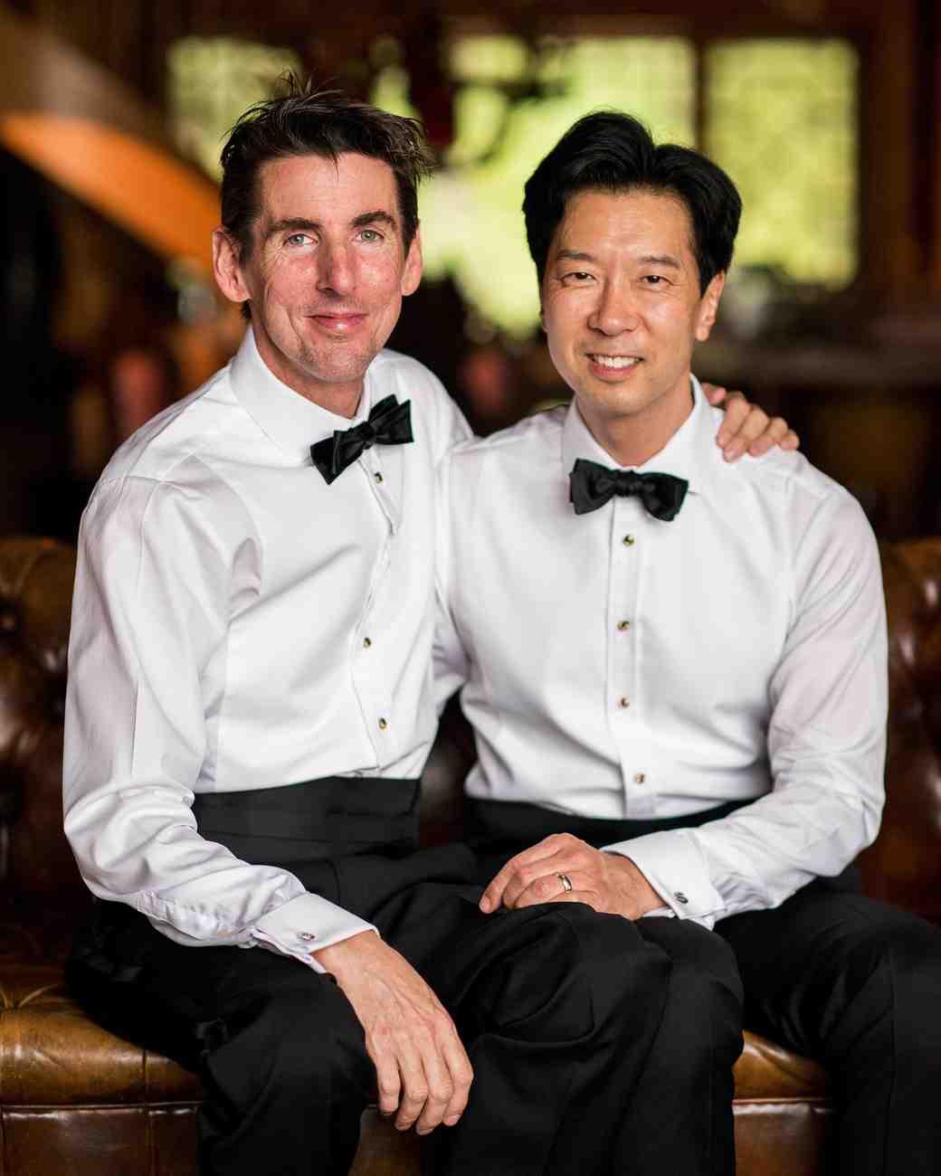 christopher-stephen-wedding-grooms-0125-s112787-0416.jpg