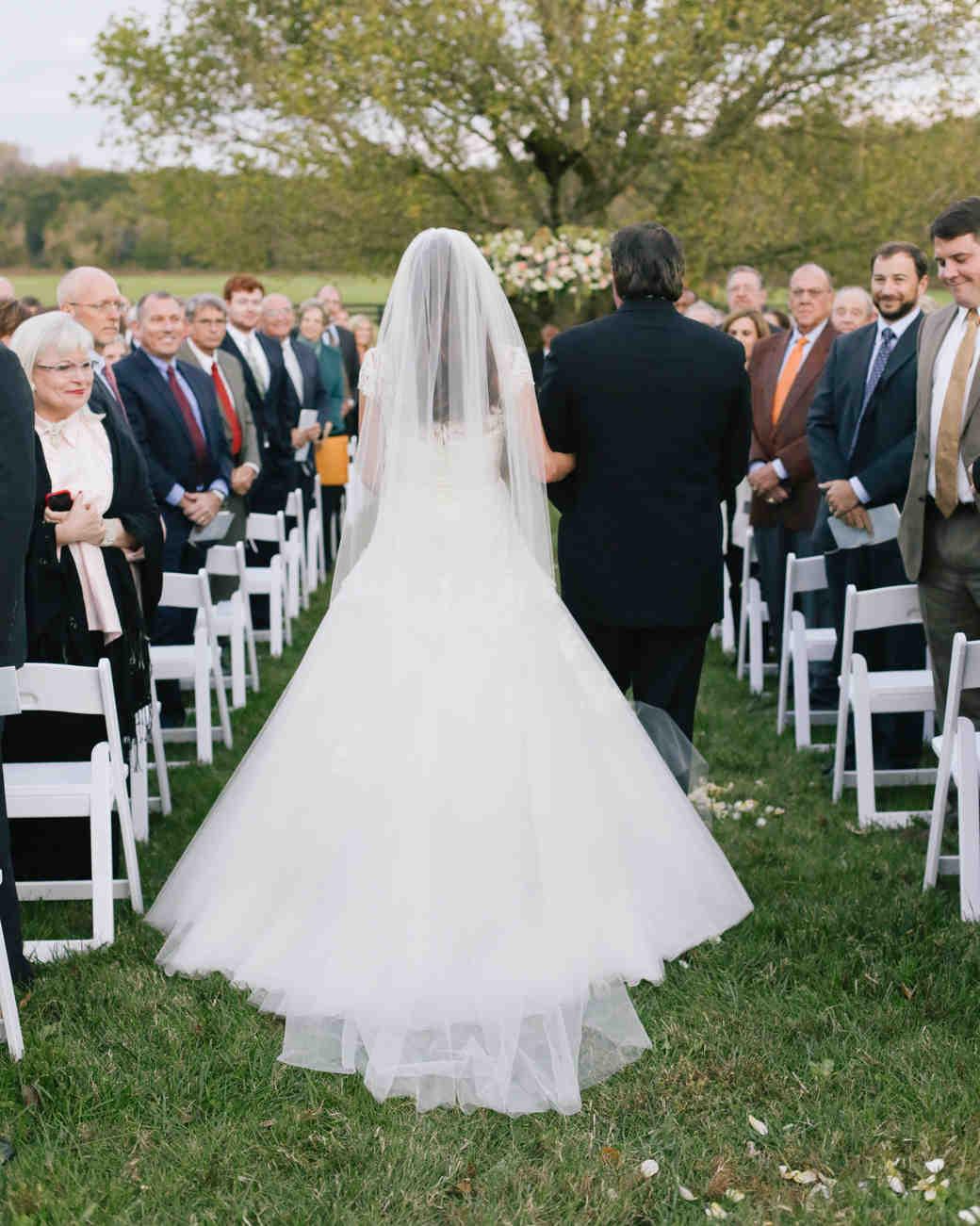 destiny-taylor-wedding-processional-400-s112347-1115.jpg