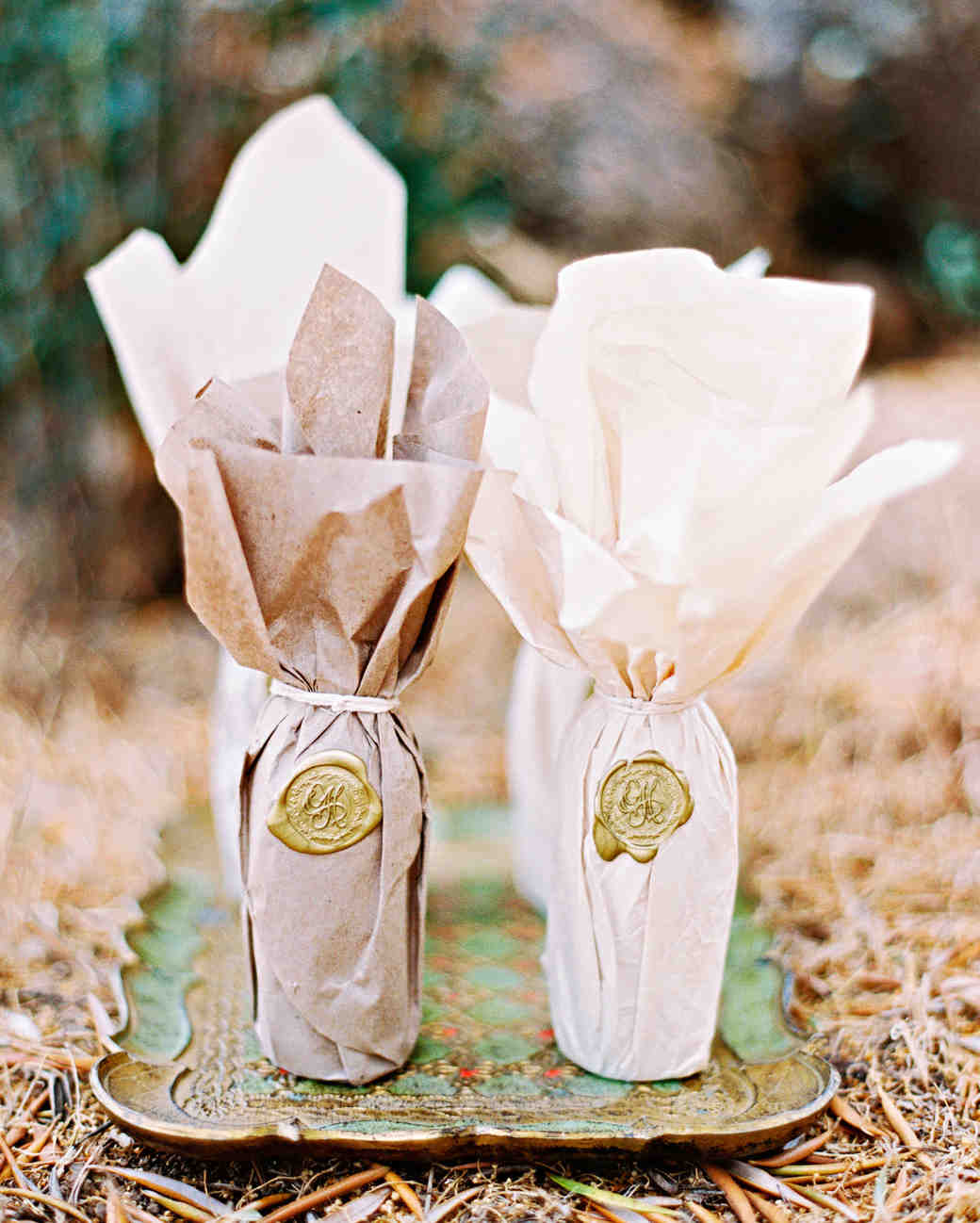 Paper-Wrapped Olive Oil Favors