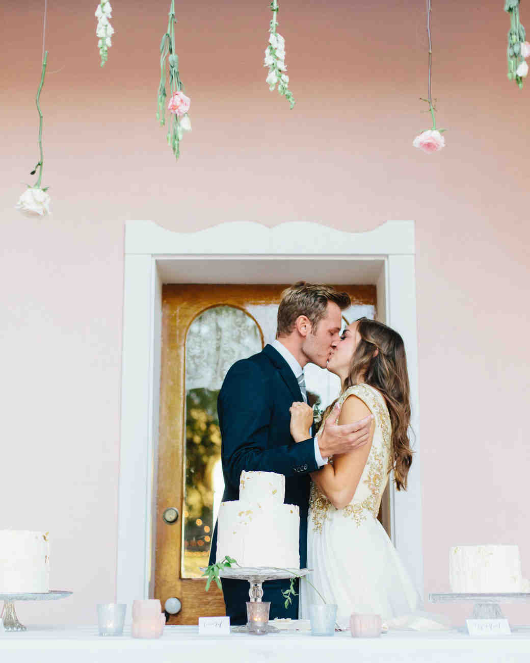 mackenzie-boman-wedding-cakecutting-216-s112693-0316.jpg