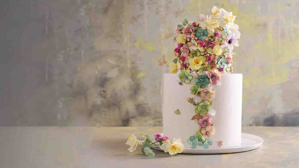 maggie austin vinatge floral applique cake