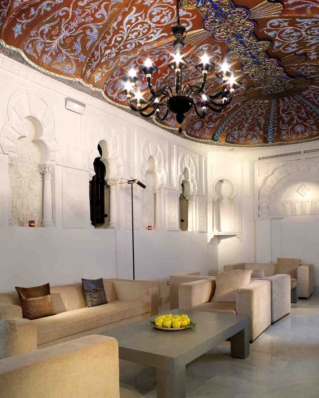 mr-mrs-smith-travel-hotels-wd0413-hotel-bailio-salon.jpg