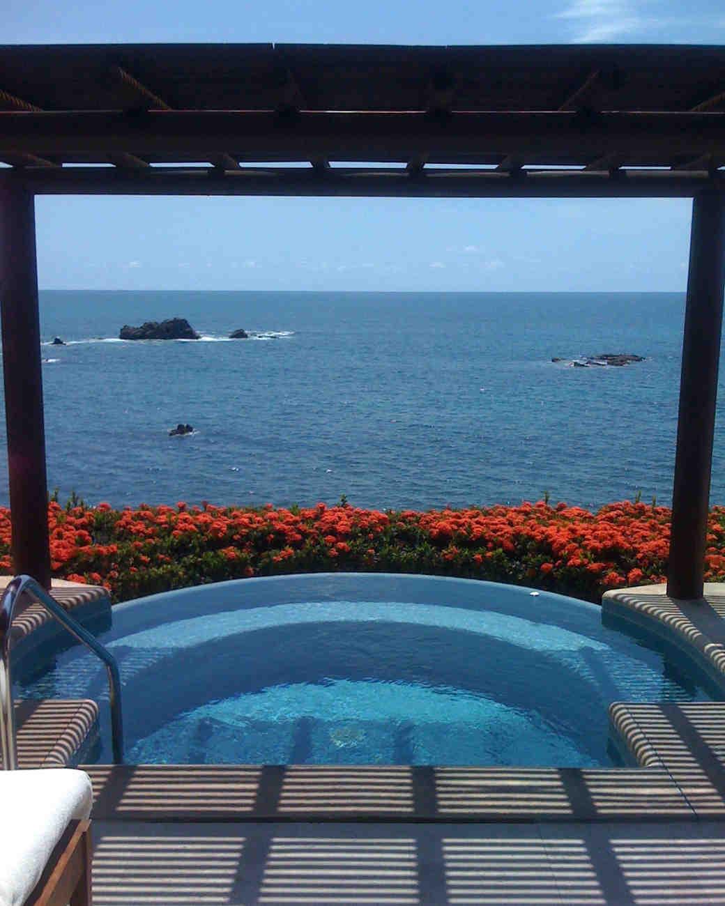 romantic-places-four-seasons-punta-minta-mexico-0215.jpg